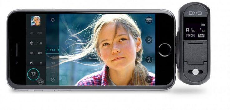 À l'occasion du salon de la Photo qui se tient à Paris du 5 au 9 novembre à Paris, la société française DXO présentait son DXO ONE, un appareil qui se connecte sur iPhone