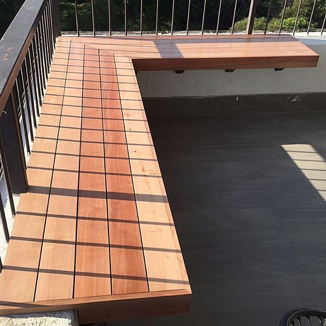 Para tu terraza una banca en madera noble. www.mariomillar.cl