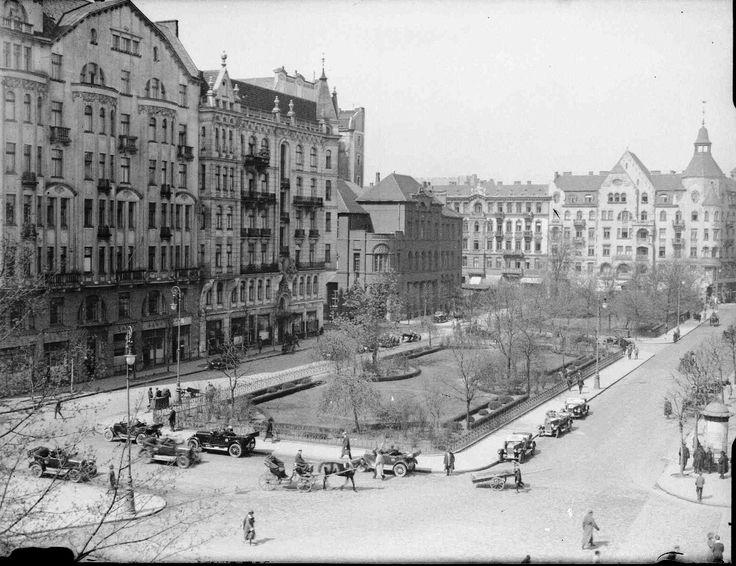 Warszawa przedwojenna - Plac Napoleona przed budową Prudentiala (lata 20. XX w.)