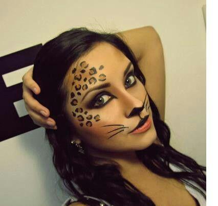 Leopardo mujer