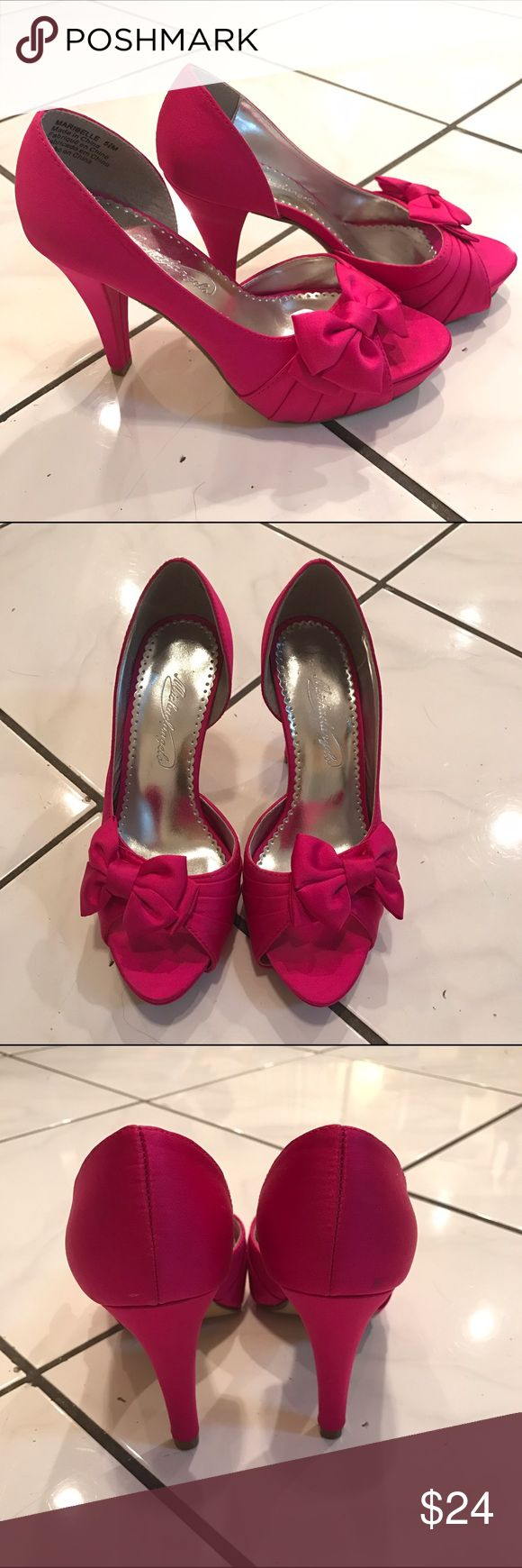 "Michaelangelo ""maribelle"" hot pink satin pumps Michaelangelo ""Maribelle"" hot pink satin pumps. Good condition. Only worn once. Size 5.5. Embellished with bow on toe. Shoes Heels"