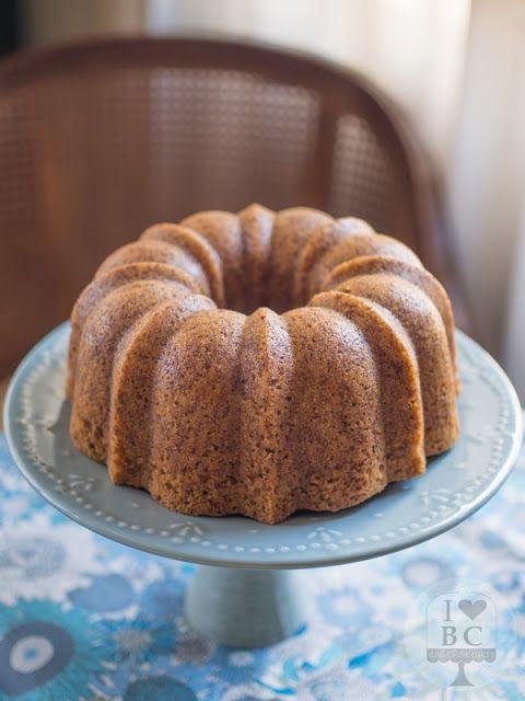 Bundt cake integral de manzana y especias