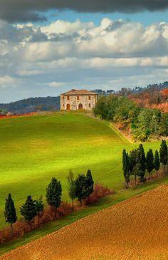 Brake for beautiful views  in the Italian countryside