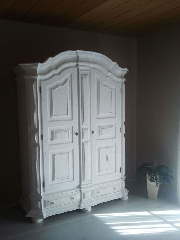 The Wardrobe In Bedroom1   Lovingly Refurbished In Shabby Chic |  Http://ferienwohnung