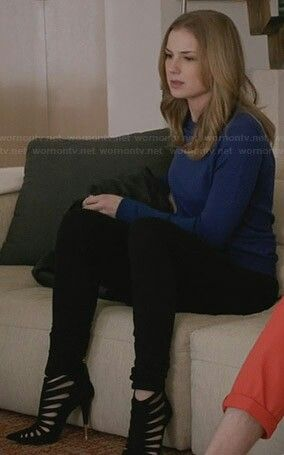 Emily Thorne's Outfit   Revenge Season 3 Episode 14   black strappy, pointed toe heels + black skinny pants + solid blue long sleeve   hair: down, slight wave