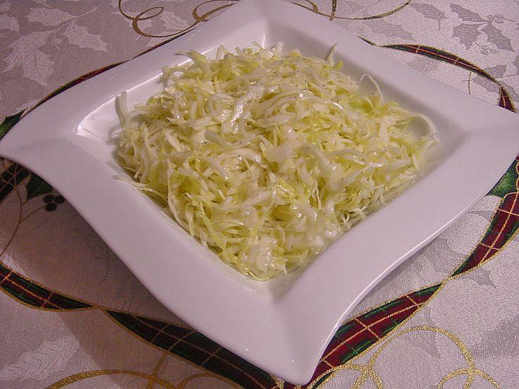 Krautsalat - wie im griechischen Restaurant, ein sehr schönes Rezept aus der Kategorie Gemüse. Bewertungen: 1.085. Durchschnitt: Ø 4,7.