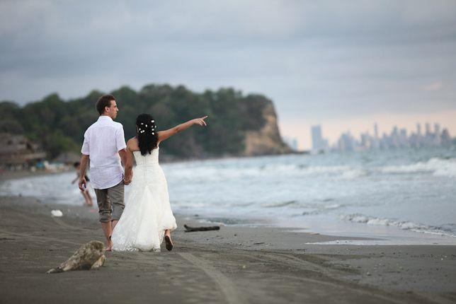 Para amar solo se necesitan dos. La boda de Jessica y Phillip es una muestra de esto.
