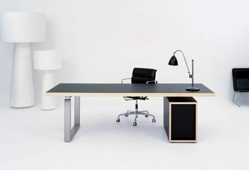 Gubi Go Desk