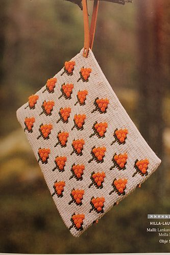 Cloudberry bag - free crochet pattern by Molla Mills at Lankava.