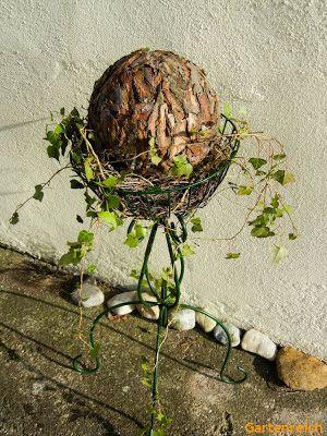 Nachdem ich es nun geschafft habe den Garten soweit auf zu räumen dass dort Ruhe einkehren kann, ist jetzt Herbstdeko angesagt. Auf ...