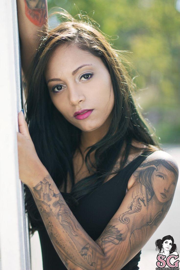 Zad Suicide | Tattooed Women | Pinterest