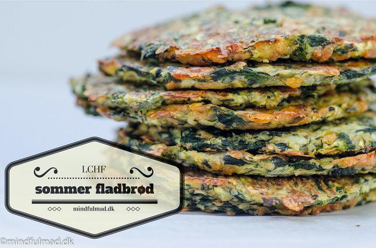 Disse LCHF fladbrød med grøntsager er din ven, hvis du er vant til at spise brød og pålæg. Erstat med brød med grøntsags-fladbrød og du er en glad LCHF'er.