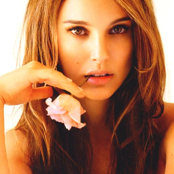 Natalie Portman as Anastasia Steel (Fifty Shades of Grey). Yes, shes older. Yes, she just had a baby. But look at her! Shes pretty. Shes uptight. Shes smart. And Christian would love to feed her.