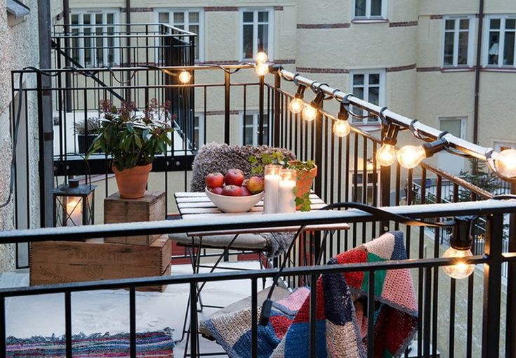 Hangende decoratie voor een klein balkon - Roomed
