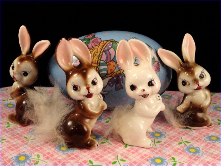 4 Vintage Easter Bunny Rabbit Figurines With Furry Tails Japan
