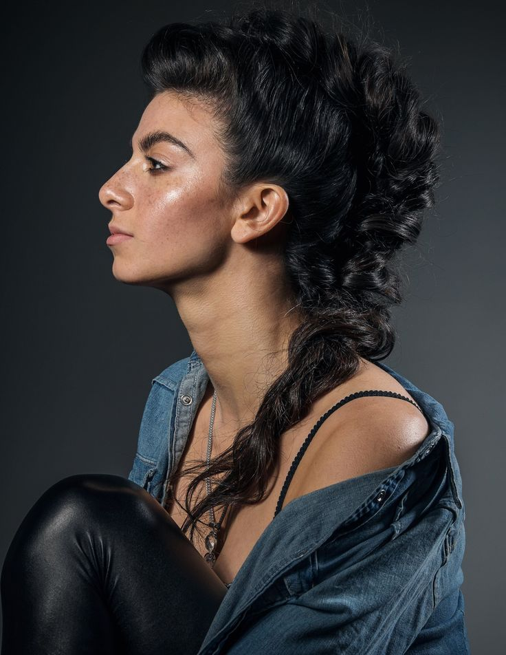 Rosie's killing it with this profile shot! . . Photography:  @clazarschuler Makeup:  @savannahrbeauty Hair:  @aislehair Model:  Rosie Siltani . . Makeup designed using:  @makeupforeverww @stashapalmer