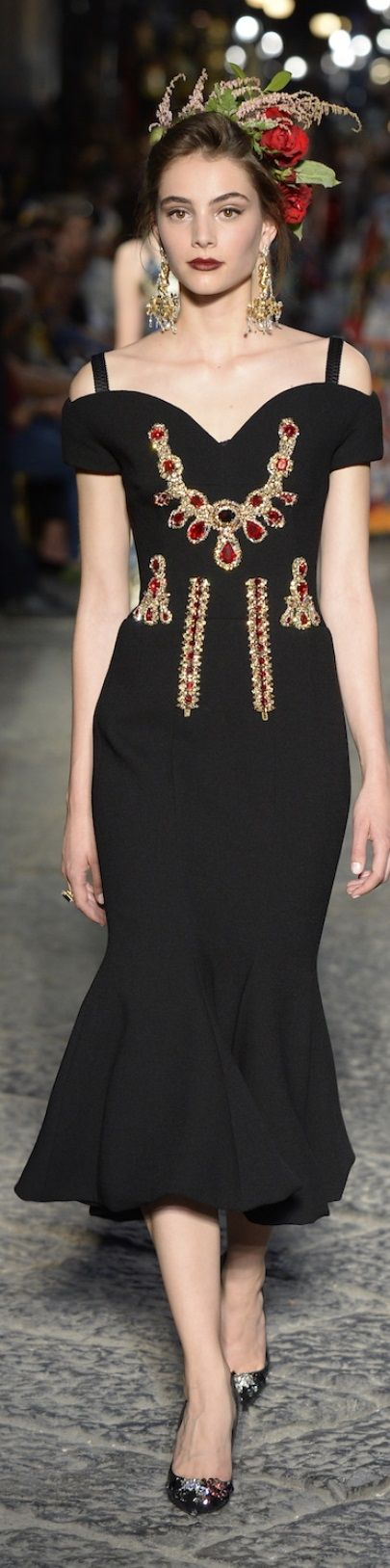 Dolce and Gabbana fall 2016 alta moda