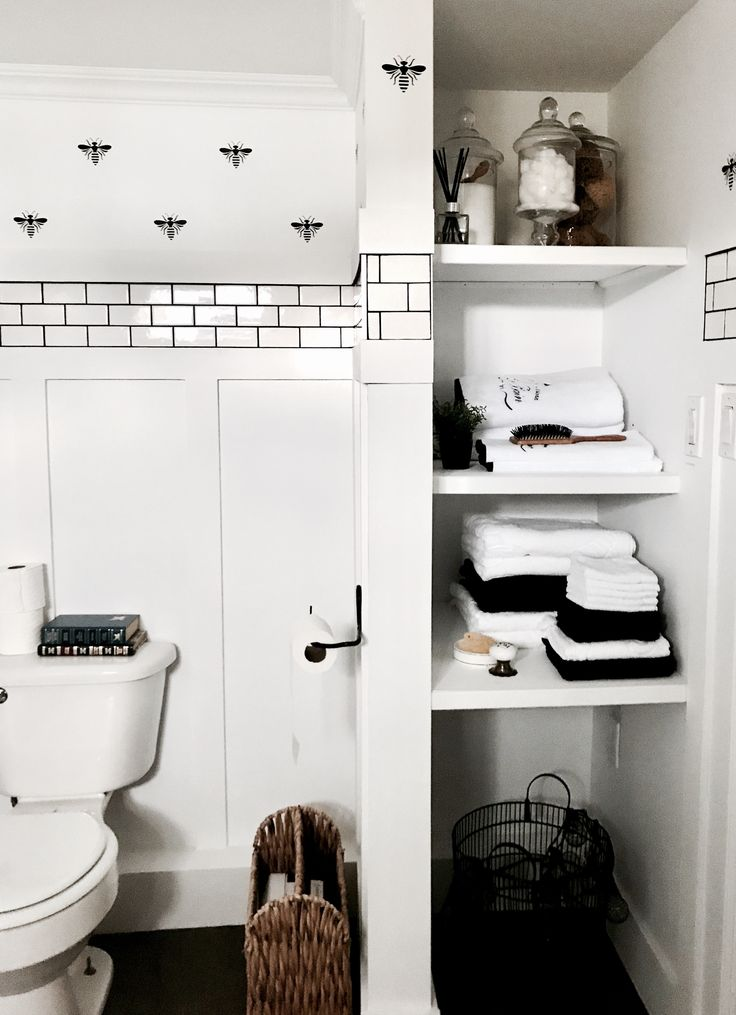 Mayflower Cottage on allyblog How to do a black and white subway tile bathroom. Modern details with rustic touches. Bathroom renovation on a budget! https://www.allyblog.com/home/mayflowercottage-bathroom