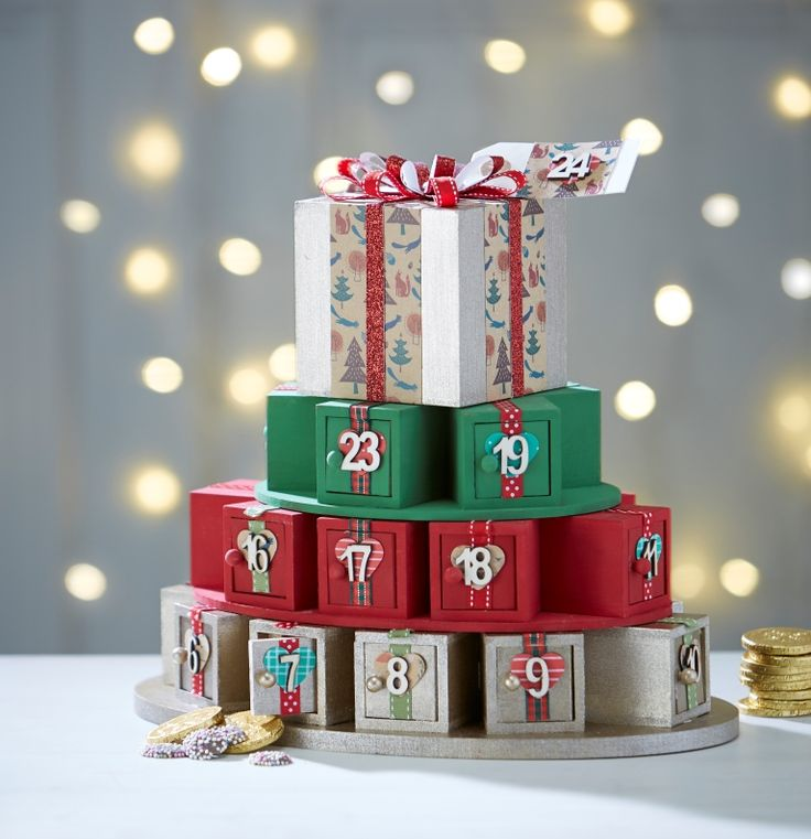 How to Make an Advent Calendar Present Stack #Christmas #Advent