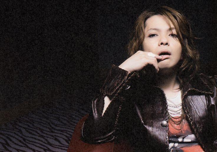 HYDE • 2009 JUL • ROCK AND READ #hyde #larcenciel #vamps #hidetotakarai #takarai