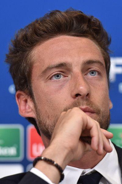 Claudio Marchisio Photos - Juventus FC v SSC Napoli - Serie A - Zimbio