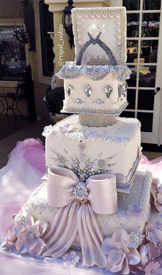 The Eye sweet rival in the shape of a wedding cake is the only threat the bride-to-be needs to contend with on her wedding in looking good. Wedding event cakes have actually ended up being a vital design at wedding locations where guests still thrill themselves over how remarkable the wedding event cake is. #weddingcakeideas