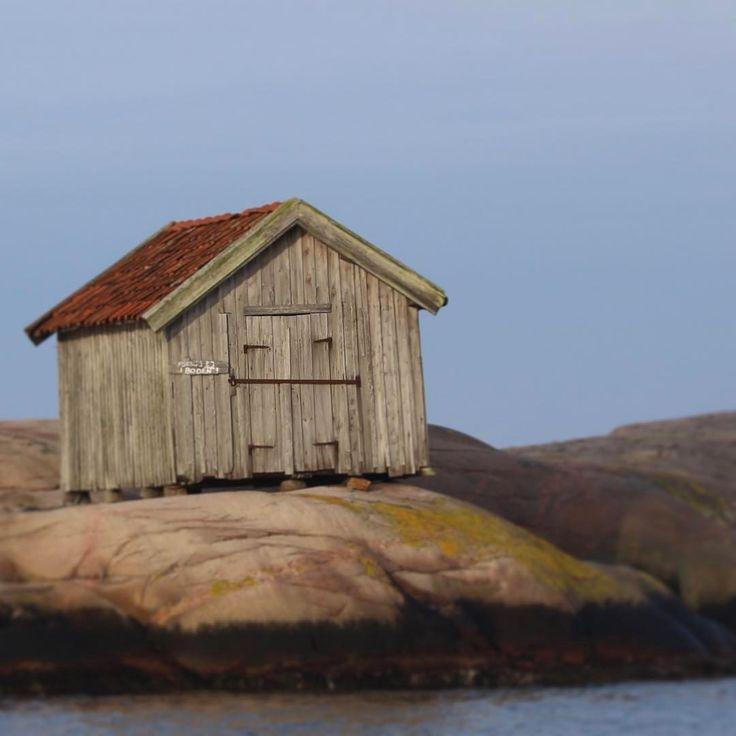 """Peter Karlsson (@petersjakt) på Instagram: """"Kameran är full av minnen efter helgen som gick.. #bohuslän #outdoors #sjöbod #hamburgsund"""""""