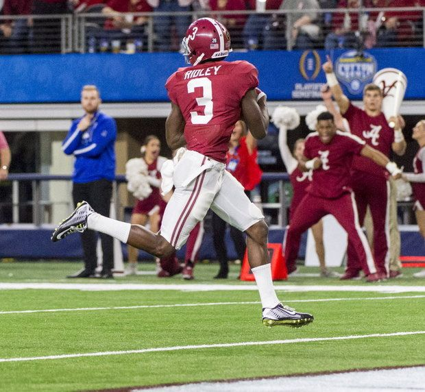 How Calvin Ridley 'changes the whole game' for...: How Calvin Ridley 'changes the whole game' for Alabama in Cotton Bowl… #ClemsonFootball