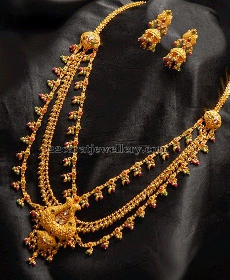 Jewellery Designs: Gold Kandoli in Multiple Layers