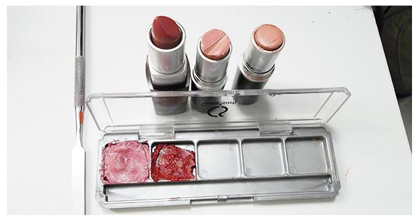 "Stop throwing your money away and start converting those ""almost empty"" tubes of lipsticks into something useful: a lipstick palette! A lipstick palette provides you the convenience of having multiple lipsticks in a compact case thats fits into the tiniest … Continue reading →"