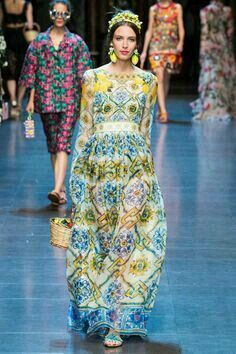 Dolce & Gabbana Summer 2016 #italiaislove Women's Fashion Show.