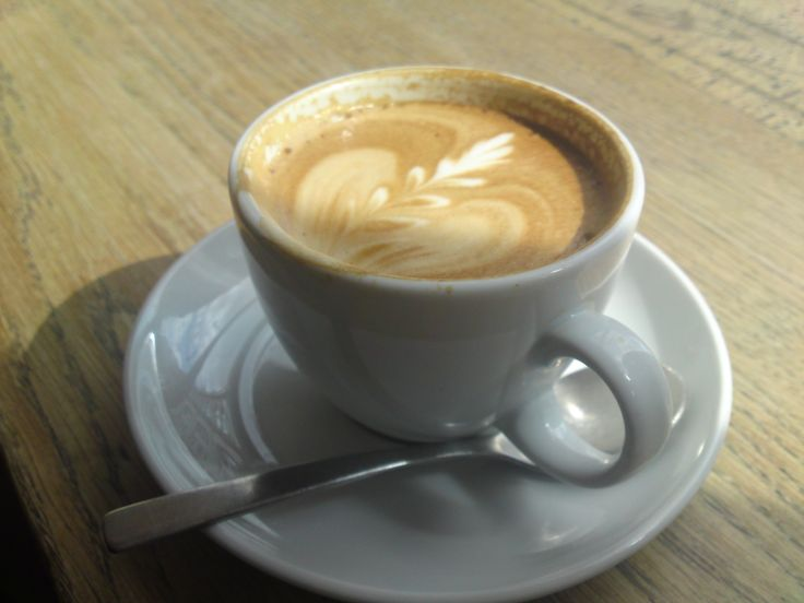 Flat White at Fernandez and Wells, London