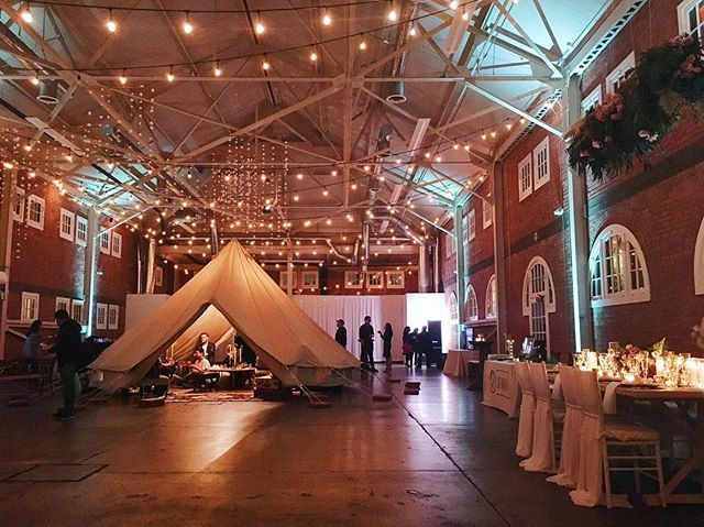 Today we're spotlight the ultra-cool venue, @brick.sd! We came to an event here a few weeks ago and were so impressed with the creative ways to transform this space! It's perfect for creative couples who want to create some magic✨ Special shoutout to @organicflora, @ccvintagerentals, and @platinum_pro for the rad decor! #traveltuesday #eventprofsuk #eventprofs #meetingplanner #meetingplanner #meetingprofs #inspiration #popular #trending #eventplanning #eventdesign #eventplanners #eventdecor…