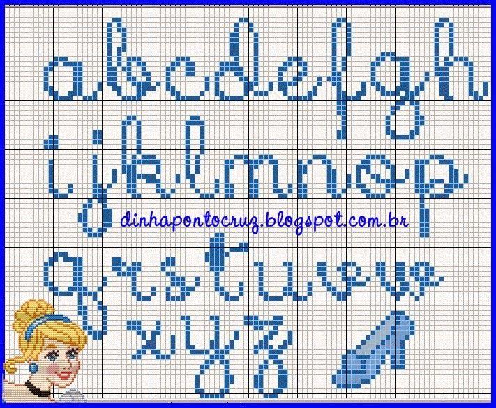 Uma linda semana a todos!  Hoje tem postagem coordenada com nossa fada Carina Cassol, mais um monograma de princesa, dessa vez é a Cinderela...