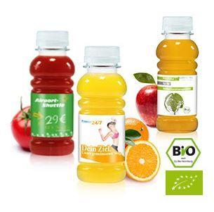 Vruchtensap met Logo. De biologische vruchtensap komt in drie smaken, appelsap, sinaasappelsap en tomatensap. De minimale afnamen is 264 stuks. U kunt ze laten bedrukken met uw logo of boodschap.