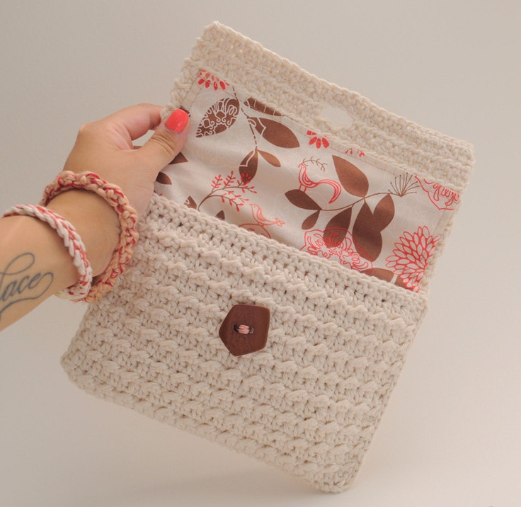 25+ best ideas about Crochet clutch on Pinterest Crochet ...