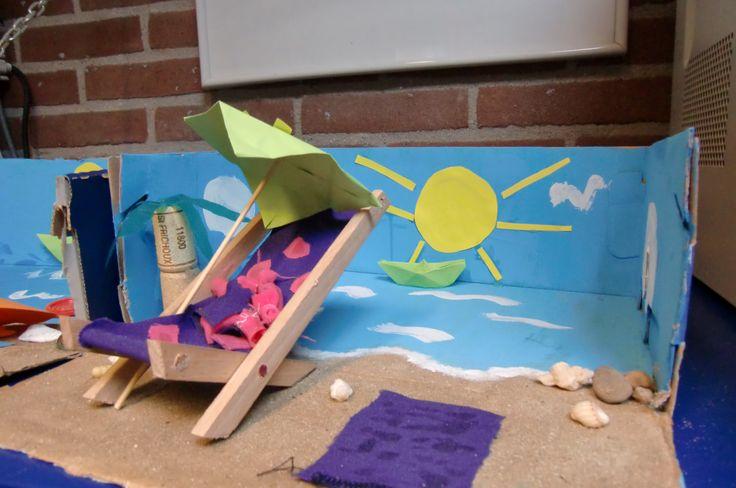 Kijkdoos strand: gemaakt van een schoenendoos.