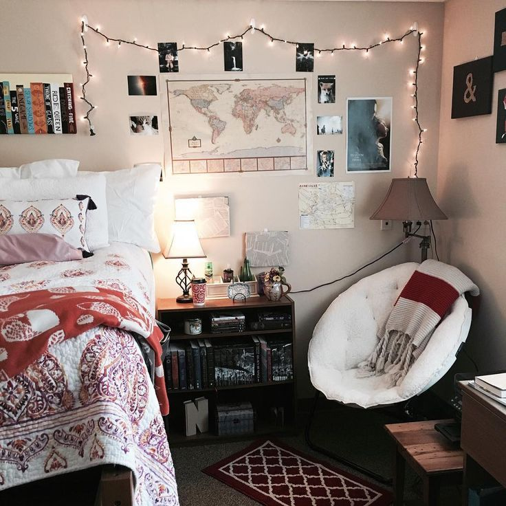 """""""Hey guys I promised I would show you my dorm room! This is where I'll be reading until May!  I love my little room it's very cozy! I might even pull a…"""""""