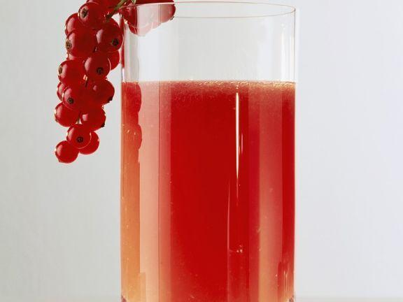 Johannisbeersaft ist ein Rezept mit frischen Zutaten aus der Kategorie None. Probieren Sie dieses und weitere Rezepte von EAT SMARTER!