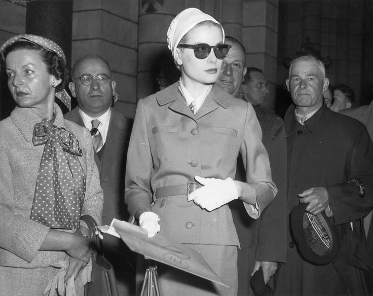 Sunglasses always—even at Grace Kelly's April 1956 wedding rehearsal.