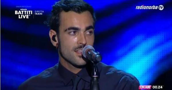 Battiti Live 2013-Trani, Marco Mengoni canta: il video