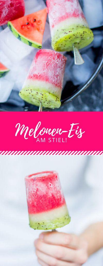 Leckeres, erfrischendes Eis am Stiel, das zwar keine echte Melone ist, aber zumindet wie eine aussieht!