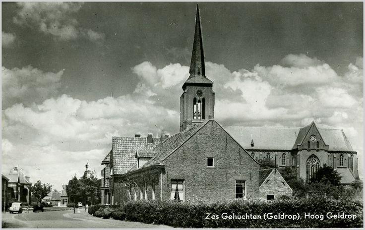 227142 Hoog Geldrop, met de RK Maria en Brigidakerk aan d... | Zoek resultaat | Fotohistorisch