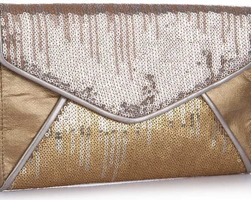 Gold Sequin party clutch via @Roposo #fashion #clutches #parties