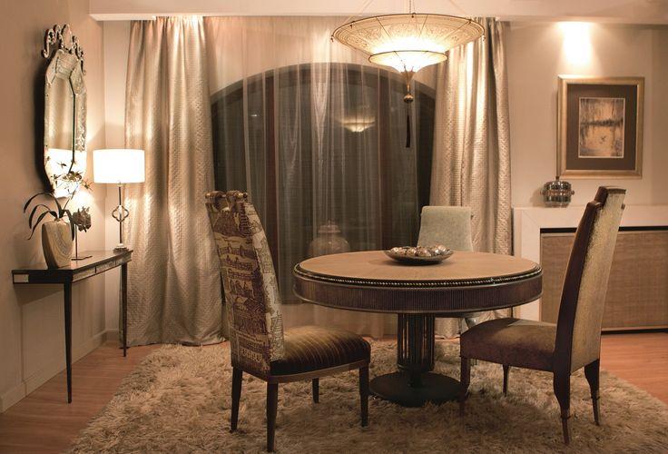 PERLAGE dining table makes any space spectacular. #MARIIANIQ #handmade #bespoke #luxury #pieces #PERLAGE #dining #table #interiors #decor #design