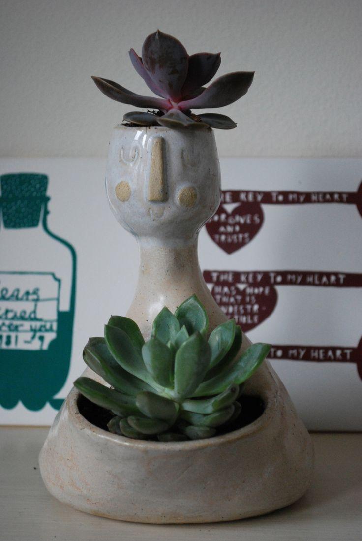 Planter. Stoneware. Atelier Stella.
