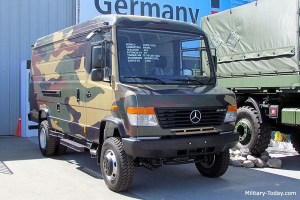 Mercedes Vario Light utility vehicle 1998 4x4 OM 904 LA 6.28m x 2.24m x 2.5m www.military-today.com/trucks/mercedes_vario.htm