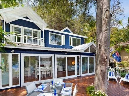 pleasurable exterior beach house colors. Image result for beachhouse blue white hamptons 554 best House exterior images on Pinterest  Exterior homes Front