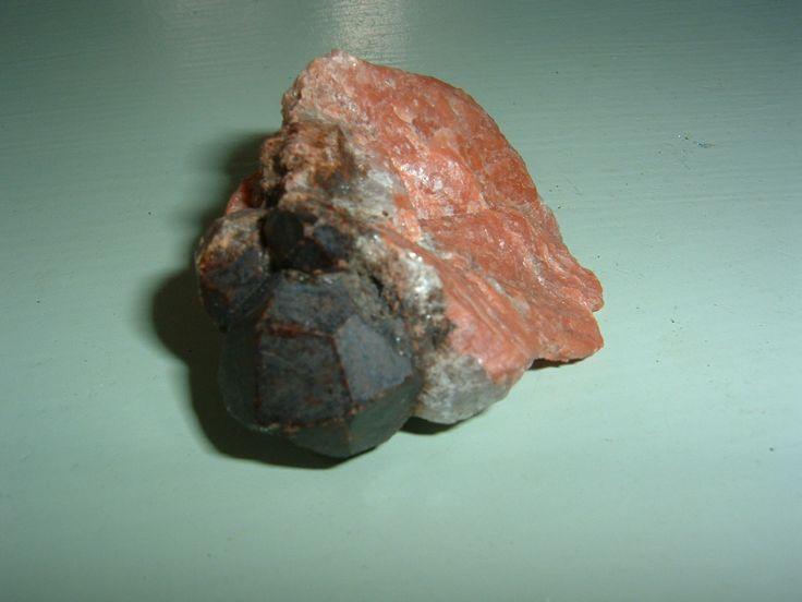 Granat från Olshammar