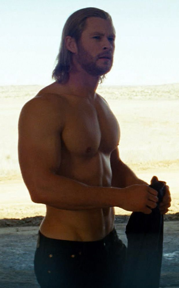 I am in love with Chris Hemsworth! Smokin hot & with an accent!! Yumm-O!